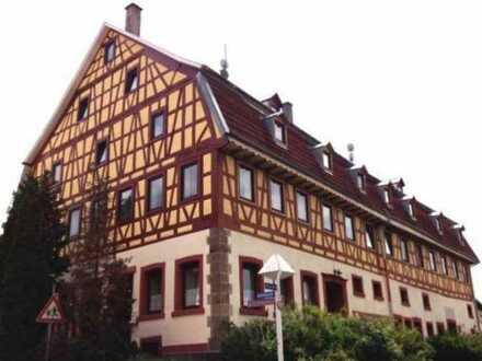 DG Maisonette Wohnung in gepflegtem Fachwerkhaus - zentral gelegen