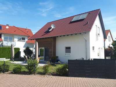 Freist. Einfamilienhaus KFW 55, Bj. 2016 von Privat an Privat in Münster / Hessen