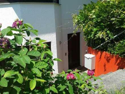 Schöne ein Zimmer Wohnung in Böblingen (Kreis), Waldenbuch