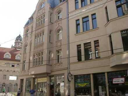 Sanierte 4-Zimmer-DG-Wohnung mit Balkon in Halle (Saale)