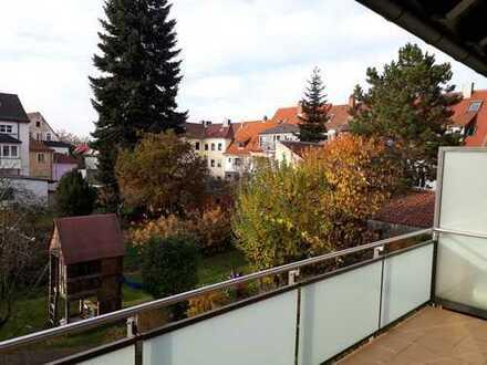 Gepflegte 1-Zimmer-Wohnung mit Balkon und EBK in Aschaffenburg-Leider