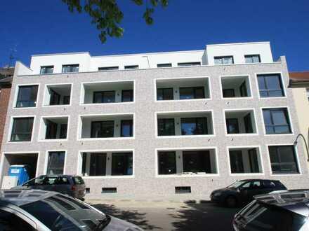 Neubau !!!! Wunderschöne Wohnungen mit Stellplatz und Aufzug !!
