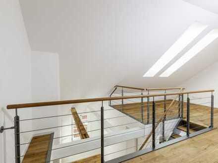 Stilvolle 2,5-Zi-Maisonette-Wohnung in einem denkmalgeschützten Gebäude