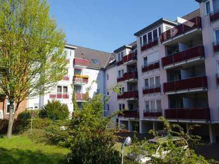 3 Zimmer, Dessau-Nord mit Balkon, 2 Bäder und Stellplatz (EBK möglich)