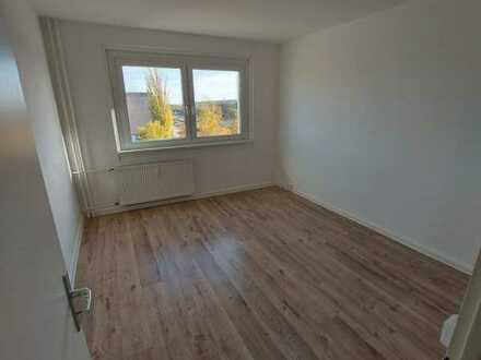 Für alle die viel Platz lieben - 4 Zimmer mit Balkon