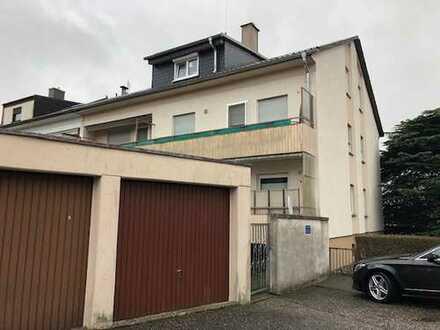 Erstbezug nach Sanierung: stilvolle 1-Zimmer-Wohnung mit Einbauküche und Balkon in Bruchsal