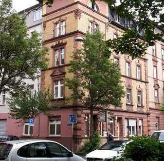 Schöne 4-ZKB, ca. 96m² Wohnfl., WG-geeignet inkl. Einbauküche zu vermieten