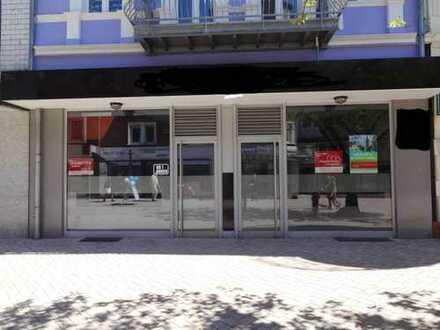 Ladenlokol in der Mendener Fußgängerzone, auch teilbar.
