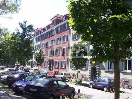 Schöne 3,5-Zimmer Dachgeschosswohnung mit Galerie in Konstanz-Petershausen.