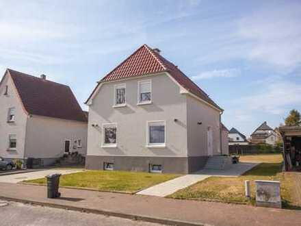 Altbau kersaniert, schöne zwei Zimmer Wohnung in Herford (Kreis), Enger