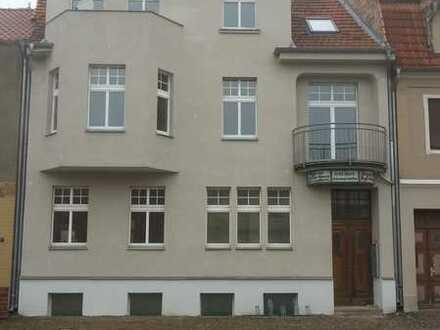 Mod. 1-Raum+1-Abstellraum-Hochparterre-Wohnung mit Einbauküche in Perleberg