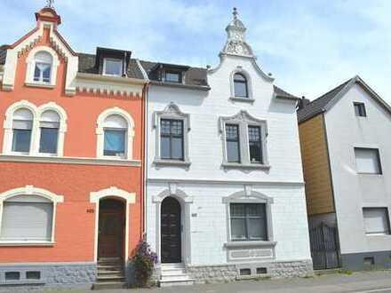2-Familen-Stadthaus mit historischer Fassade * Bj. 1905 * ca. 221,24m² Wohnfläche * ca. 505 m² Grund