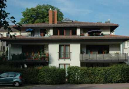 Attraktive 5-Zimmer-Maisonette-Wohnung mit Balkon und EBK in Potsdam