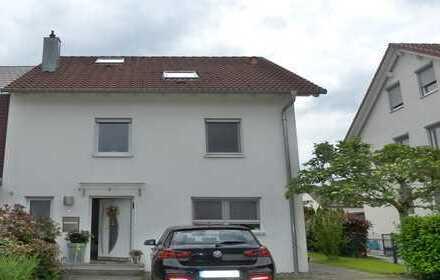 Doppelhaushälfte in toller Wohnlage - Einfach Einziehen und Wohlfühlen!