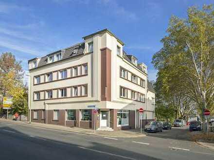 Hell, bezugsfrei, Wannenbad, schönes Eckhaus