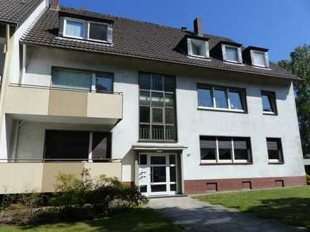 Freundliche, ruhig und zentral gelegene 3,5 Zimmer-EG-Wohnung mit Balkon in Grumme am Grüngürtel