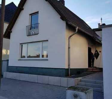 1.250 €, 125 m², 7 Zimmer