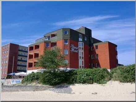 Attraktive Eigentumswohnung mit Meerblick im Wyker Strandhotel