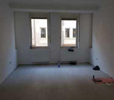 Schöne viereinhalb Zimmer Wohnung in Nürnberg, Gostenhof
