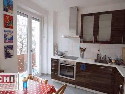 Mitten in Schwabing - 2 Zimmer-Whg mit Wohnküche und kleinem Balkon