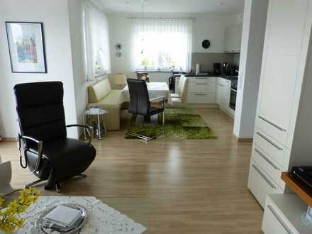 Traumhafte 2-Zimmer-Wohnung mit Balkon und Einbauküche in Windsbach
