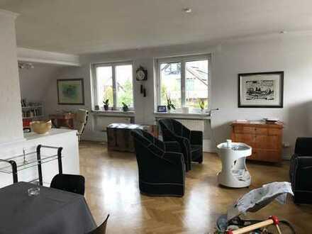 Wunderschöne 3 Zimmer-Wohnung im Lukasviertel mit Südbalkon