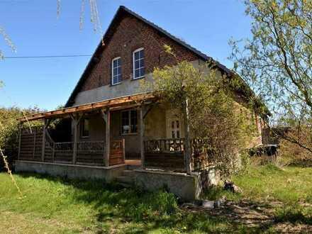 Altes Landhaus mit 9 Zimmern und viel Nebengelass