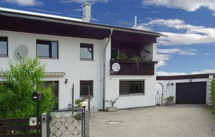 *** VERKAUFT *** Großes Ein-/Zweifamilienhaus - ca. 5 Kilometer vom Stadtplatz entfernt
