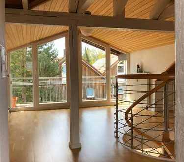 Exklusive, geräumige 5-Zimmer-Maisonette-Wohnung mit Balkon in Gauting