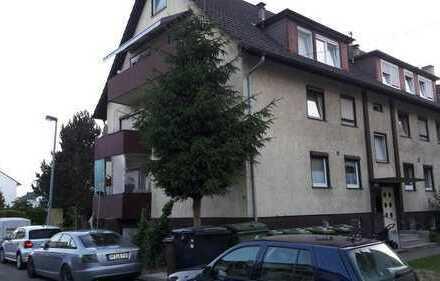 Schöne 3-Zimmer-Dachgeschosswohnung mit Balkon und EBK in Mühlacker