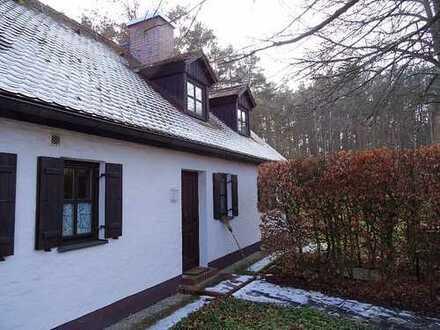 Schönes, geräumiges Haus mit vier Zimmern in Erlangen-Höchstadt (Kreis), Oberreichenbach