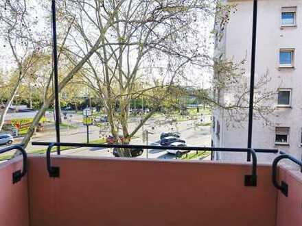 Gehobene 3-Zimmerwohnung zzgl. Stellplatz in Schwetzinger Stadt