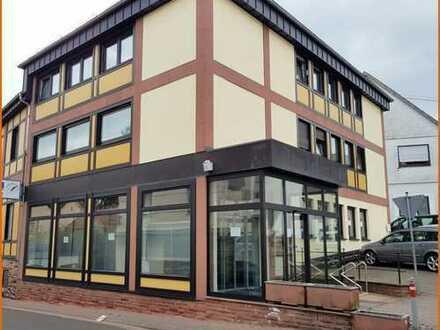 Vielseitig nutzbare Geschäftsräume in zentraler Innenstadtlage
