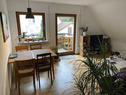 4-Zimmer-Obergeschosswohnung mit EBK und Balkon, Zweifamilienhaus in Lenningen