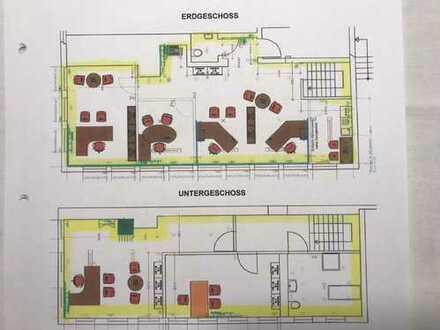 Moderne Büro-/Praxisräume mit zahlreichen Parkplätzen