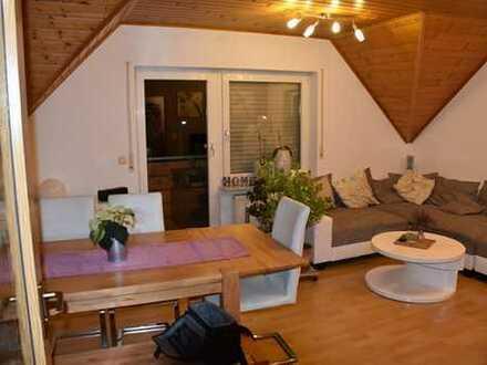 Schöne, ruhig gelegene 3-Zi-Maisonette-ETW-Wohnung mit 67m² Wfl. - Balkon - 2 Stellpätzen