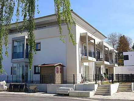 Erstklassige 4-Zimmer-Dachterrassen-Wohnung mit Lift in die Wohnung, 2 x TG, Kellerabteil