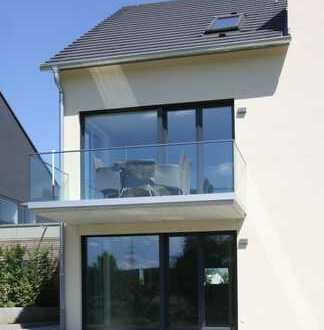 Erstbezug: attraktive 4-Zimmer-Dachgeschosswohnung mit Balkon in Nürtingen