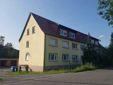 3-Zimmer-Pärchen-Whg. FREI ab 01.07.19! in naturnaher Ortsrandlage Schalkau