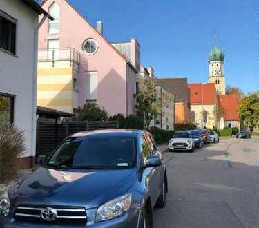 Sanierte 2-Zimmer Dachgeschoss Wohnung in Augsburg-Pfersee