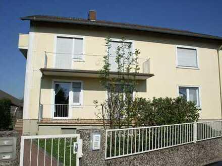 KL-Morlautern - 3-Zimmer-Dachgeschosswohnung mit Balkon und Gartenanteil