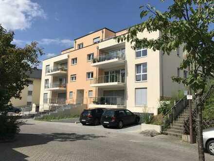 Schöne, geräumige drei Zimmer Wohnung in Mayen-Koblenz (Kreis), Bendorf