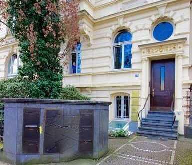Wunderschöne und repräsentative Büroräume in denkmalg. Altbau am Theodor-Heuss-Ring mit Parkblick