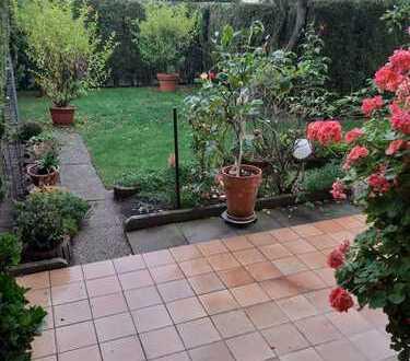Modernisierte 3-Zimmer-Terrassenwohnung mit großzügiger Gartenoase