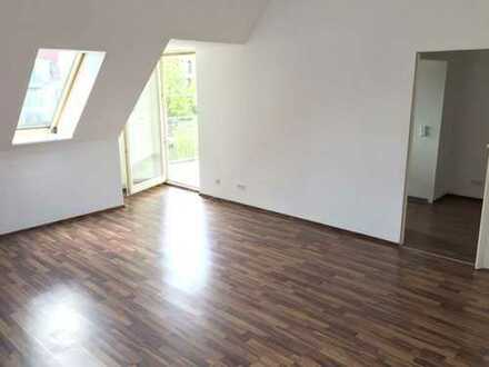 Bild_Traumhafte 2-Zimmer-Dachgeschoss-Wohnung mit Balkon in Gransee