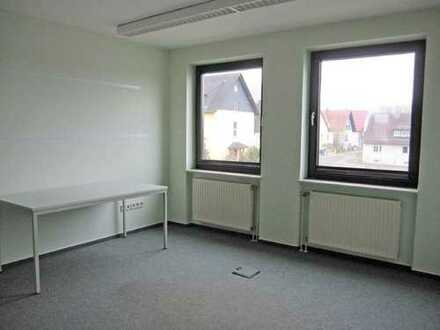 Kindsbach - Büroräume mit Teeküche und PKW-Stellplätzen