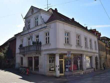 Freiwerdendes Objekt perfekt geeignet als Bar, Restaurant, Club, Hotel, Hostel u.ä.