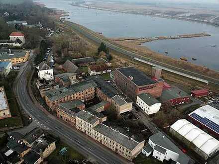 2 ehemalige Fabrikgebäude - im Lageplan rot markiert