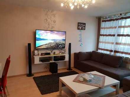 Freundliche 2-Zimmer-Wohnung mit EBK und Balkon in Weidenpesch, Köln
