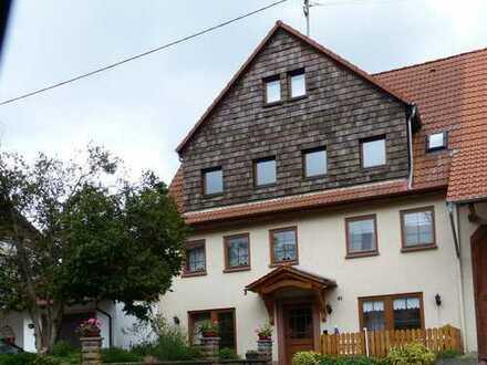 4-Zi. Wohn.mit Balkon + Garten zu vermieten